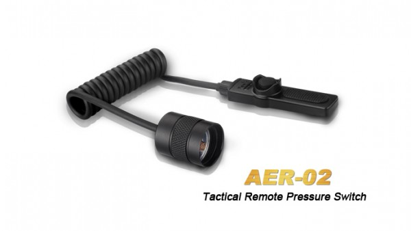 Fenix AER-02 Kabelschalter für Taschenlampen