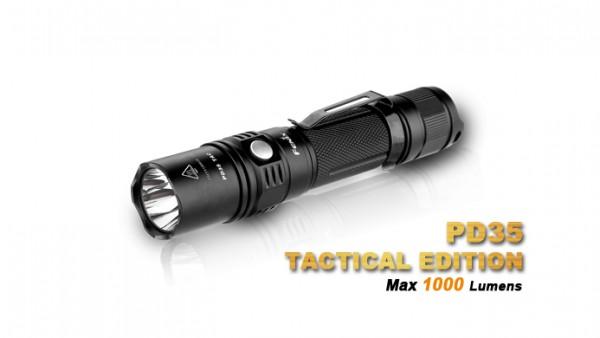 Fenix PD35TAC 1000 Lumen Cree XP-L (V5) LED Taschenlampe